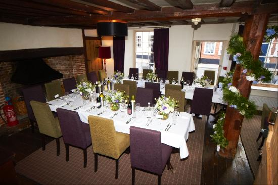Southwold, UK: restaurant laid up for wedding (flowers from Foxtail Lilly over the road - fab shop & service)