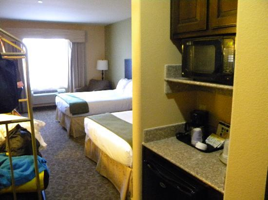 Holiday Inn Express Hotel & Suites Pecos: Entrance