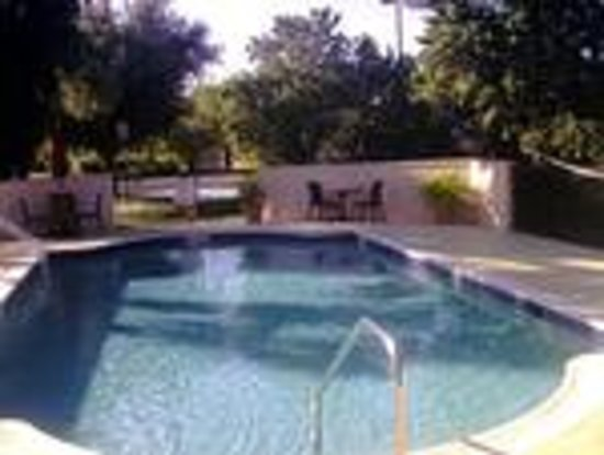 Hampton Inn Bonita Springs / Naples North: Beautiful Outdoor Heated Pool