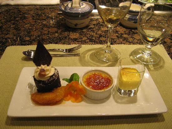 Cooper's Cove Guest House: Chef''s Table Desert Course - YUM!