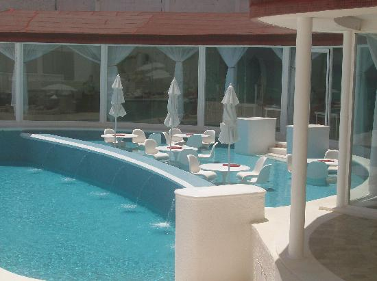 wet foot cafe picture of bel air collection resort spa cancun cancun tripadvisor. Black Bedroom Furniture Sets. Home Design Ideas