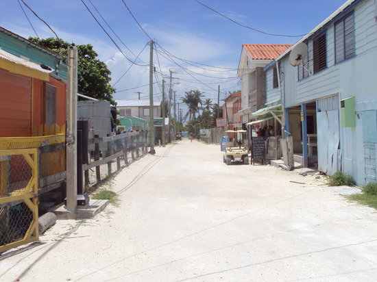 The crazy streets of downtown Caye Caulker