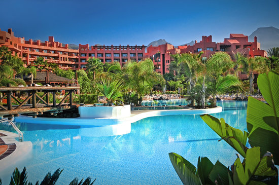 Sheraton La Caleta Resort & Spa : Sea Water outdoor pool