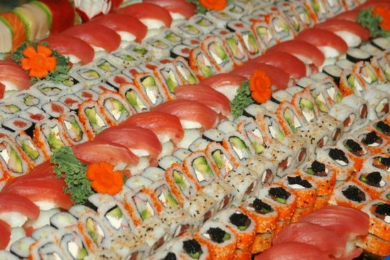 Castaway Waterfront Restaurant & Sushi Bar: World-class Sushi