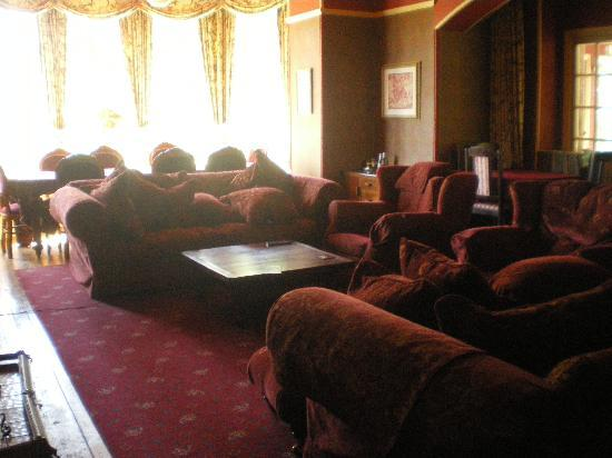Upcott House: The Lounge