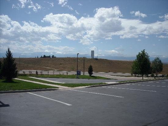 Motel 6 Sheridan: view of Cloud Peak and sheridan