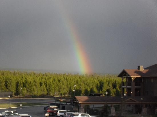 Gray Wolf Inn and Suites: View from our hotel room... beautiful double rainbow that evening