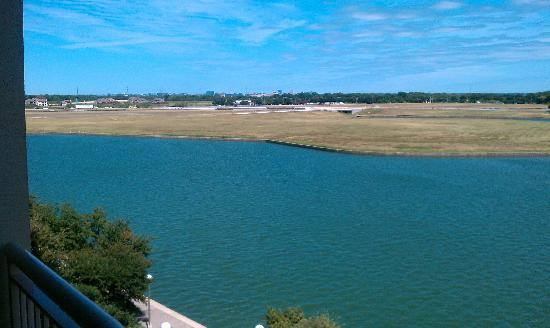 Dallas Marriott Las Colinas: Lake View