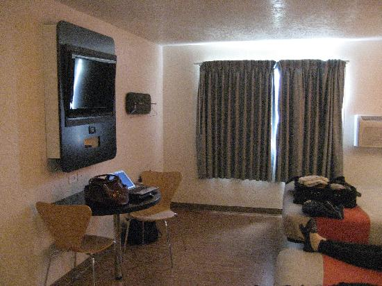 Motel 6 Wenatchee: Room