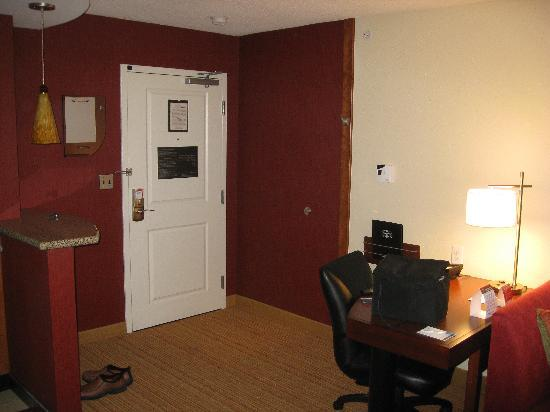 Residence Inn Concord: Room4