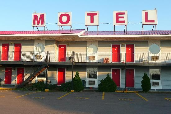 Shediac, Καναδάς: Motel from outside