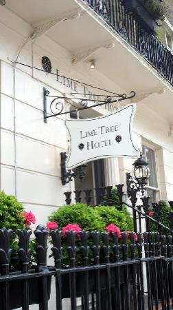 Lime Tree Hotel: out front of hotel