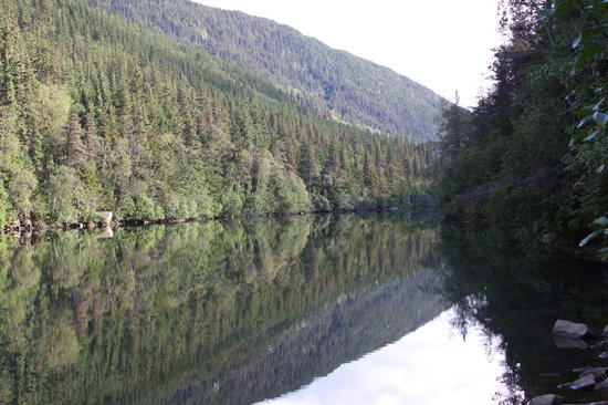 Upper Dewey Lake