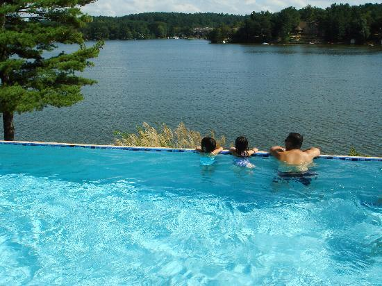 Wilderness on the Lake : infity pool looking over lake delton 