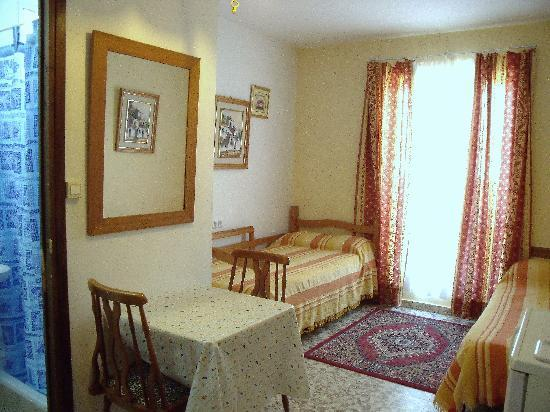 Hostal Nevada: Also mini-studio rental or bigger holiday apartments