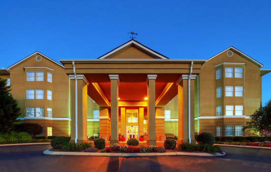 Homewood Suites by Hilton Chattanooga/Hamilton Place: Hotel Entrance