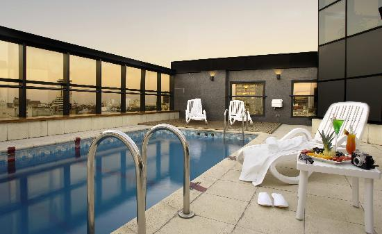 Aspen Towers Hotel - Pool