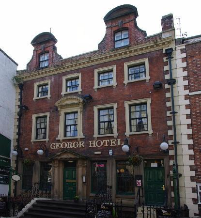 The George Hotel – Rear