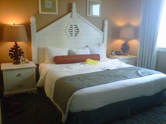 Wyndham Vacation Resorts at Majestic Sun: Master Bedroom