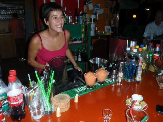 Hotel Captain Stavros: Alkistis at the Rouge Booze Bar