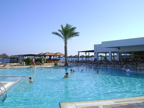 Kalamaria hotels