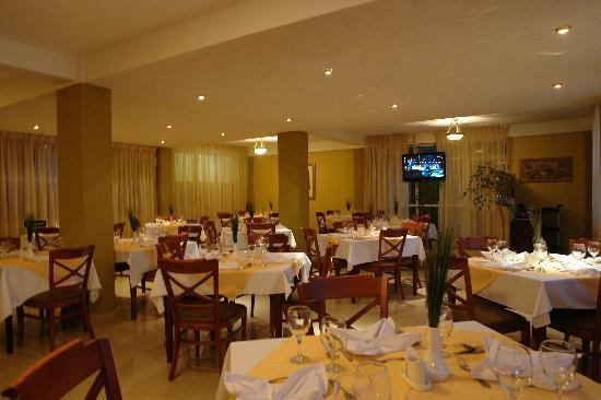 Addis Regency Hotel: Dining area