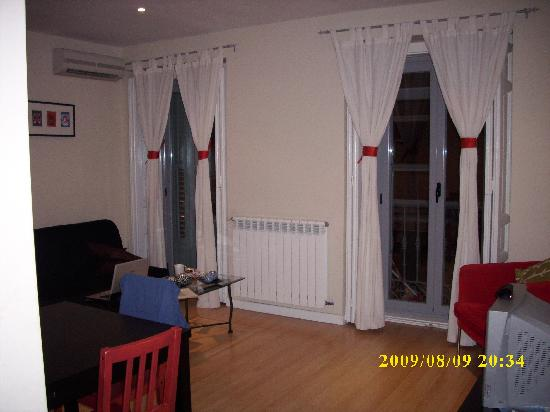 Photo of Apartamentos Apodaca Madrid