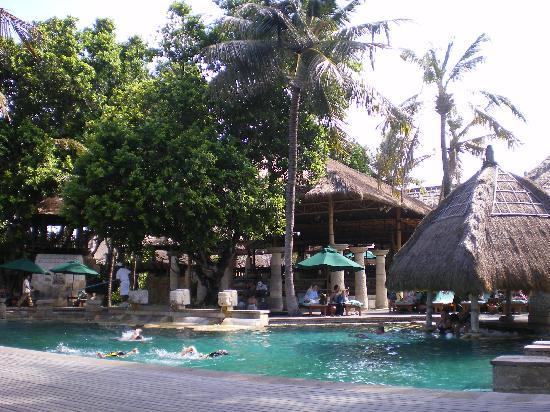 Novotel Bali Benoa Poolside Decor