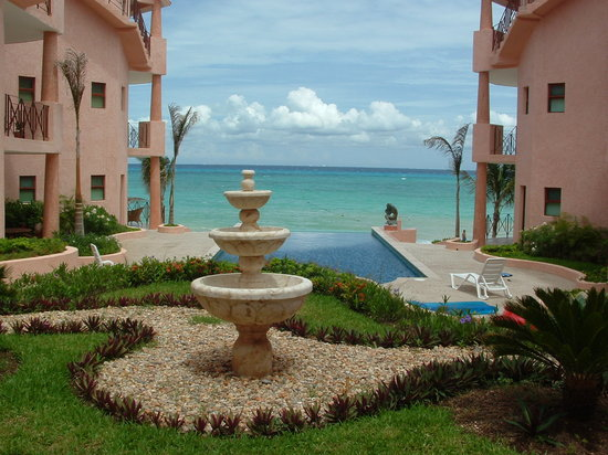 Luna Encantada Vacation Condos