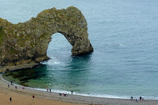 West Lulworth, UK: Durdle Door is a short walk away