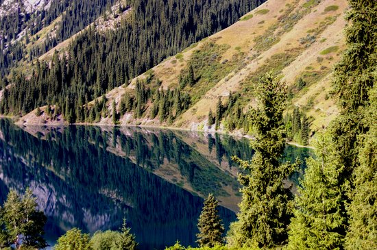 Almaty, Kazakhstan : First Kolsai lake 