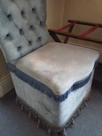 Hartlepool, UK: Shabby chair