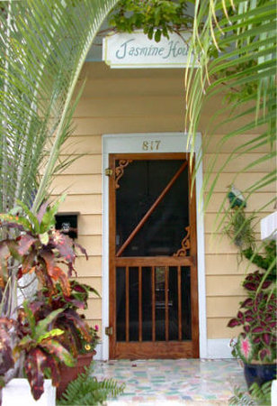 Welcome to the Jasmine House - just 1/2 block to Duval Street