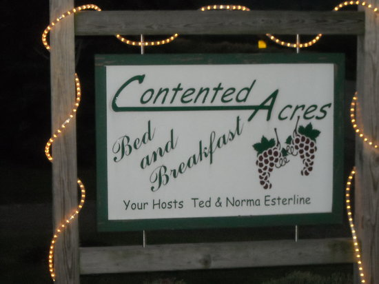 Contented Acres Bed & Breakfast: WE'RE HERE!