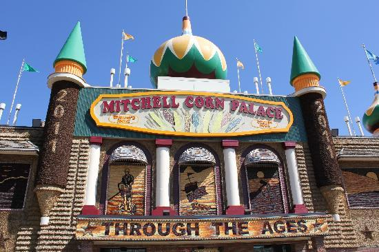 Mitchell, SD: Outside of the Corn Palace