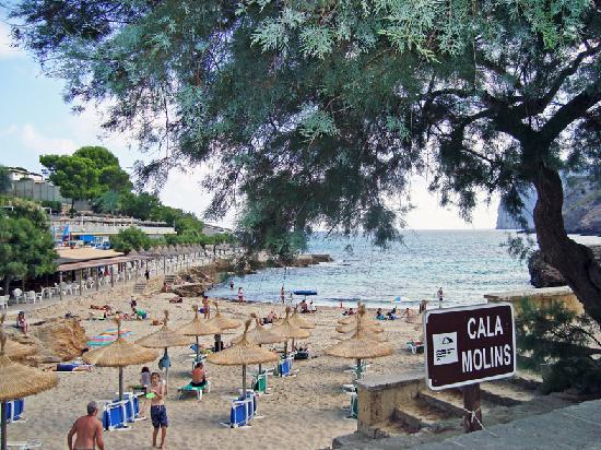 Hotel from beach - Picture of Grupotel Molins, Cala San Vincente - TripAdvisor
