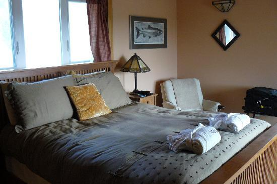 Craftsman Bed and Breakfast: Our room