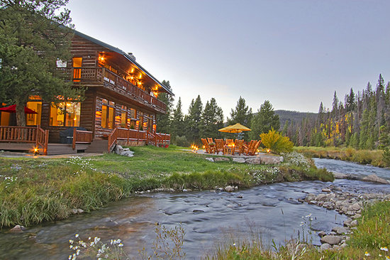The Lodge at Two Rivers