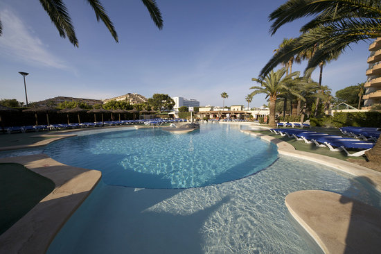 Photo of Alcudia Beach Aparthotel Puerto Alcudia