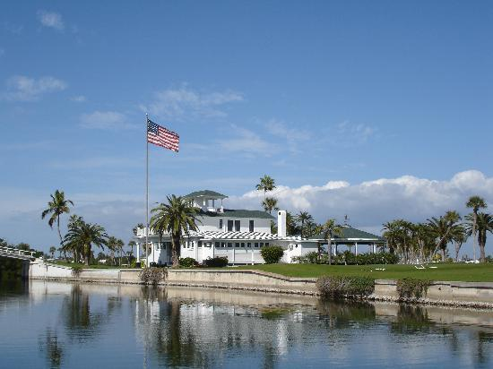 Boca Grande, Floryda: The Gasparilla Golf Club - a magnificent Pete Dye Signature 18-hole Championship Course located