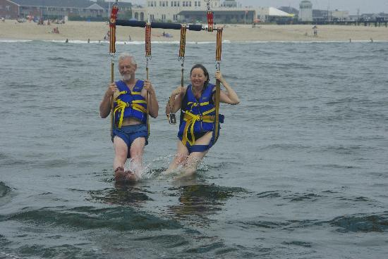 The Sea Spray Inn: parasailing at Belmar