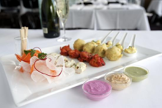 Zaaffran sydney restaurant reviews phone number for Restaurant canape