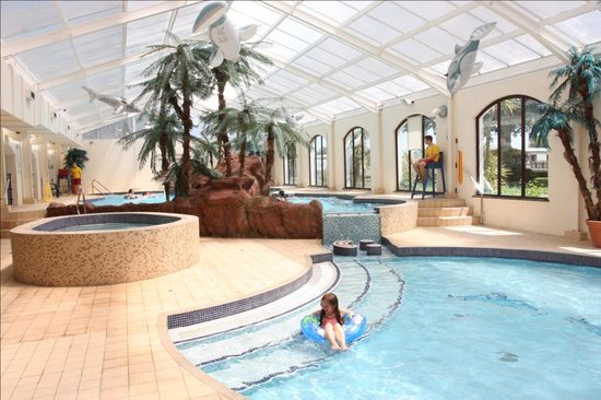 Dawlish, UK: A view of the 4 indoor Fun Pools