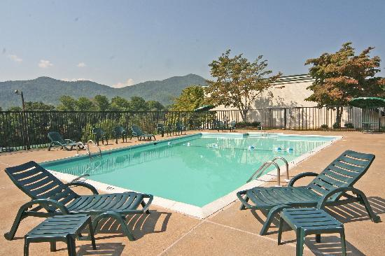 Photo of Days Inn Asheville West Candler