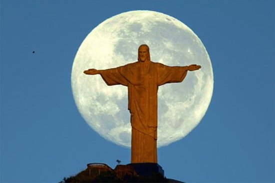 Rio de Janeiro, RJ: Statue of Christ The Redeemer
