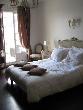 room charme picture of manoir saint charles remy tripadvisor. Black Bedroom Furniture Sets. Home Design Ideas
