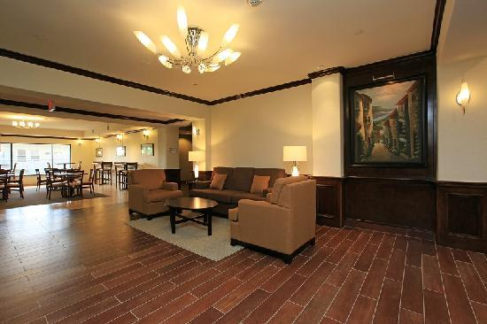 Sleep Inn &amp; Suites Intercontinental Airport East: Lobby