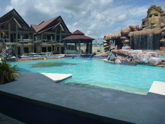 Nice Pool Free For Guests Picture Of Westown Hotel Iloilo City Tripadvisor