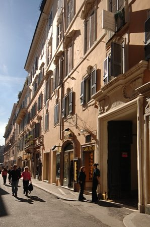 Residenza Frattina
