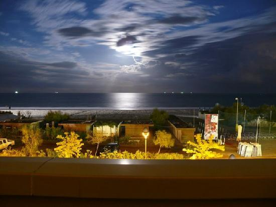 Hotel Brasil: View from the Balcony at Night